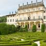 Située non loin de Vérone, la villa Arvedi est un splendide palais du XVIIe niché dans un majestueux jardin à l'italienne.