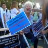 Les dentistes étaient aussi présents à Paris pour protester contre le projet de réforme des professions réglementées.