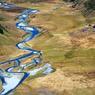Au pied de Minaret Station (le lodge de la famille Wallis), une rivière bleu glacier serpente au milieu d'une vallée préservée.