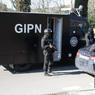 Ils avaient été appelés par des riverains signalant des «tirs de kalachnikov en l'air», a indiqué le directeur de la sécurité publique, Pierre-Marie Bourniquel.