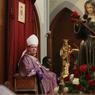 Monseigneur Dominique Philippe, archevêque catholique gallican, a donné sa dernière messe ce dimanche matin en présence de nombreux fidèles, certains accompagnés de leur animal de compagnie.