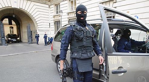 Plong e au c ur des secrets du gign for Gendarmerie interieur gouv fr gign