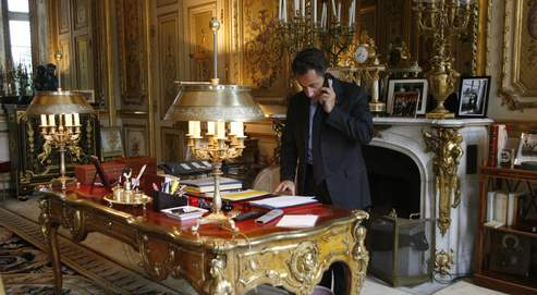 nouvelle semaine tr pidante pour sarkozy. Black Bedroom Furniture Sets. Home Design Ideas