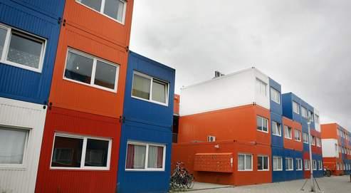 Des conteneurs pour logerles tudiants for Conteneur appartement