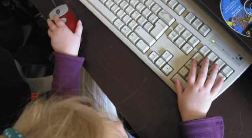 comment simuler la souris avec un clavier. Black Bedroom Furniture Sets. Home Design Ideas