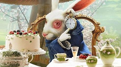 La sortie d 39 alice au pays des merveilles avanc e - Montre lapin alice au pays des merveilles ...