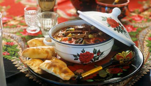 Dis moi ce que tu manges je te dirai qui tu es la - Cuisine traditionnelle russe ...