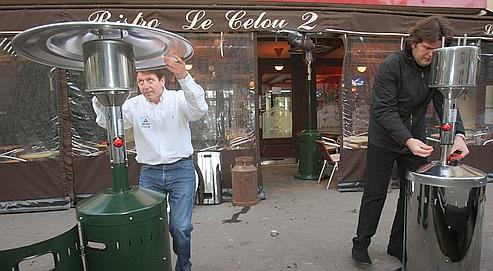 Nouvelles r gles pour les terrasses parisiennes for Les terrasses parisiennes