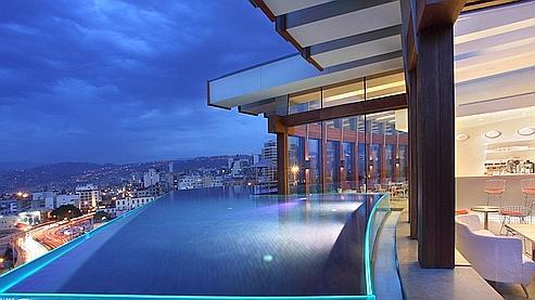 Chambres avec tr s belles piscines for Hotel design piscine lyon