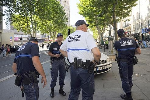 Polices municipales gu ant consulte les communes for Police cannes