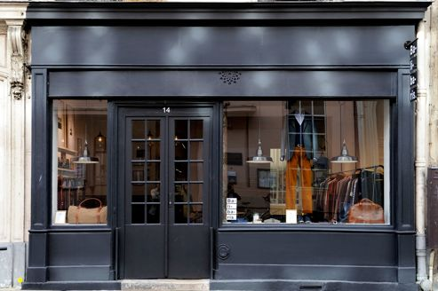 La rue de marseille tranquille - Esprit magasin paris ...