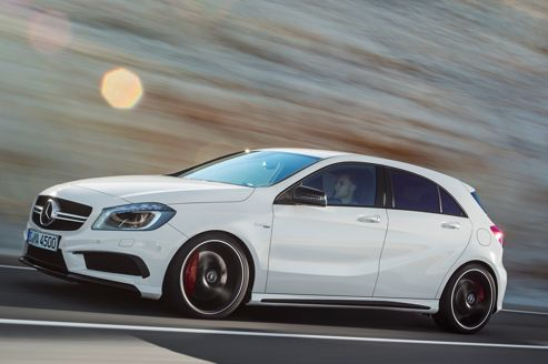 mercedes a 45 amg 360 ch en famille. Black Bedroom Furniture Sets. Home Design Ideas