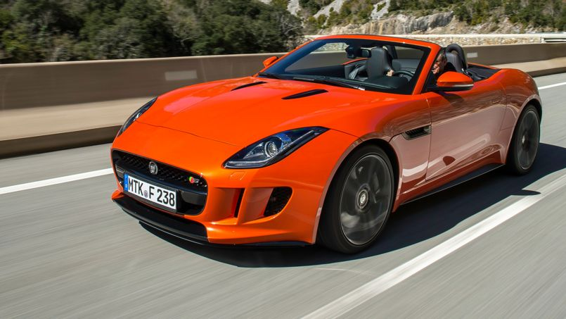 jaguar f type un roadster de haute lign e. Black Bedroom Furniture Sets. Home Design Ideas