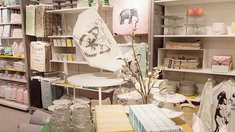 H m inaugure ses premiers espaces d coration en france for Decoration en france