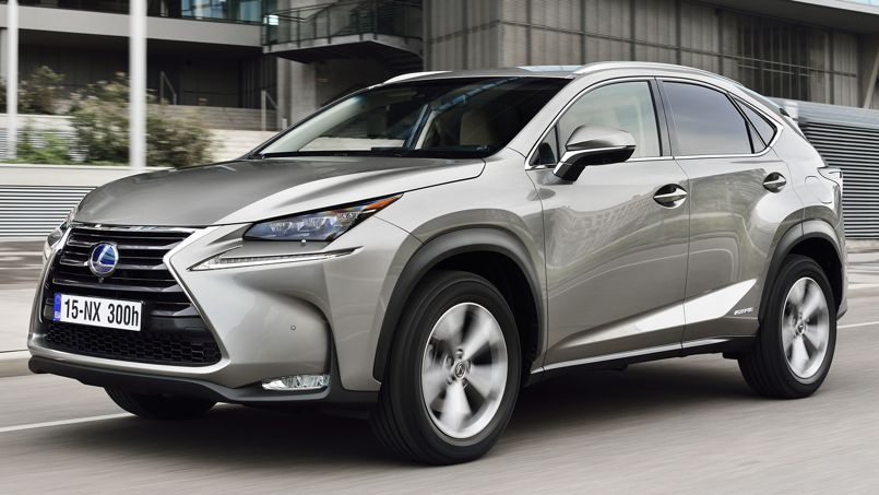 Lexus nx 300h taille moyenne mais grand confort for Taille rehausseur voiture