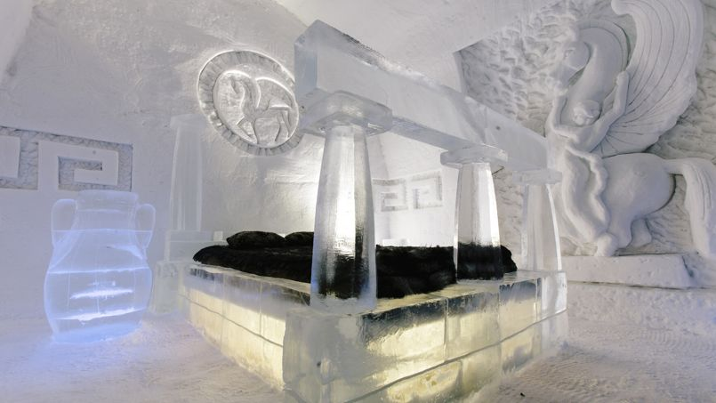 une nuit dans l 39 h tel de glace au canada. Black Bedroom Furniture Sets. Home Design Ideas