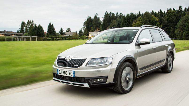 skoda octavia scout un break par pour l 39 aventure. Black Bedroom Furniture Sets. Home Design Ideas