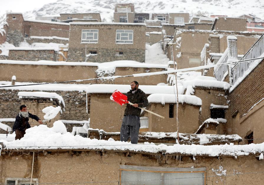 Plus de cent morts dans des avalanches — Afghanistan
