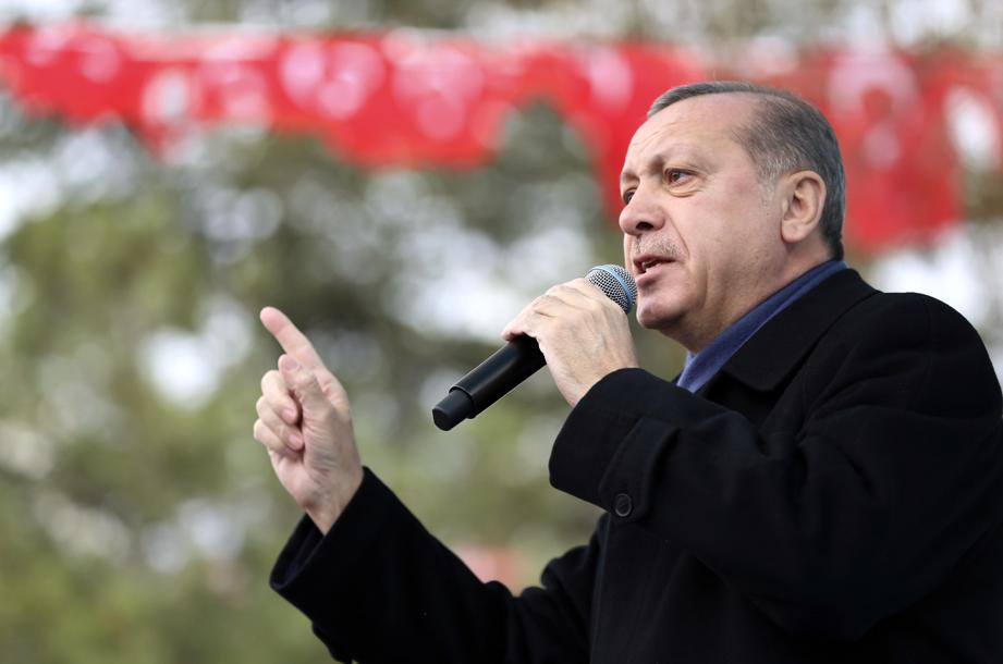 Berlin menace d'interdire les meetings pro-Erdogan