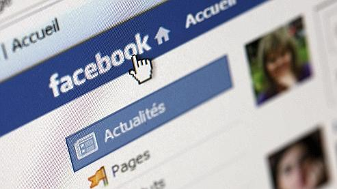 Facebook passe devant Google en audience