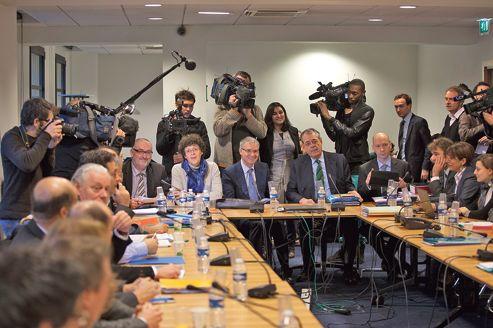 Emploi: fin d'une négociation à haut risque