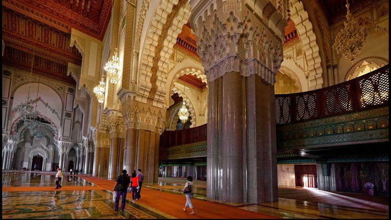 La monumentale mosqu e hassan ii est l 39 une des curiosit s for Mosquee hassan 2 interieur