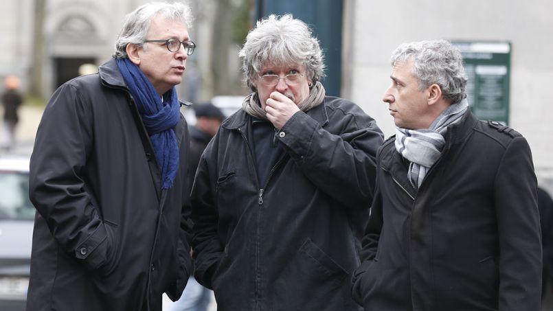 Pierre Laurent, à gauche, secrétaire national du PCF est aussi venu assister aux obsèques de Georges Wolinski.