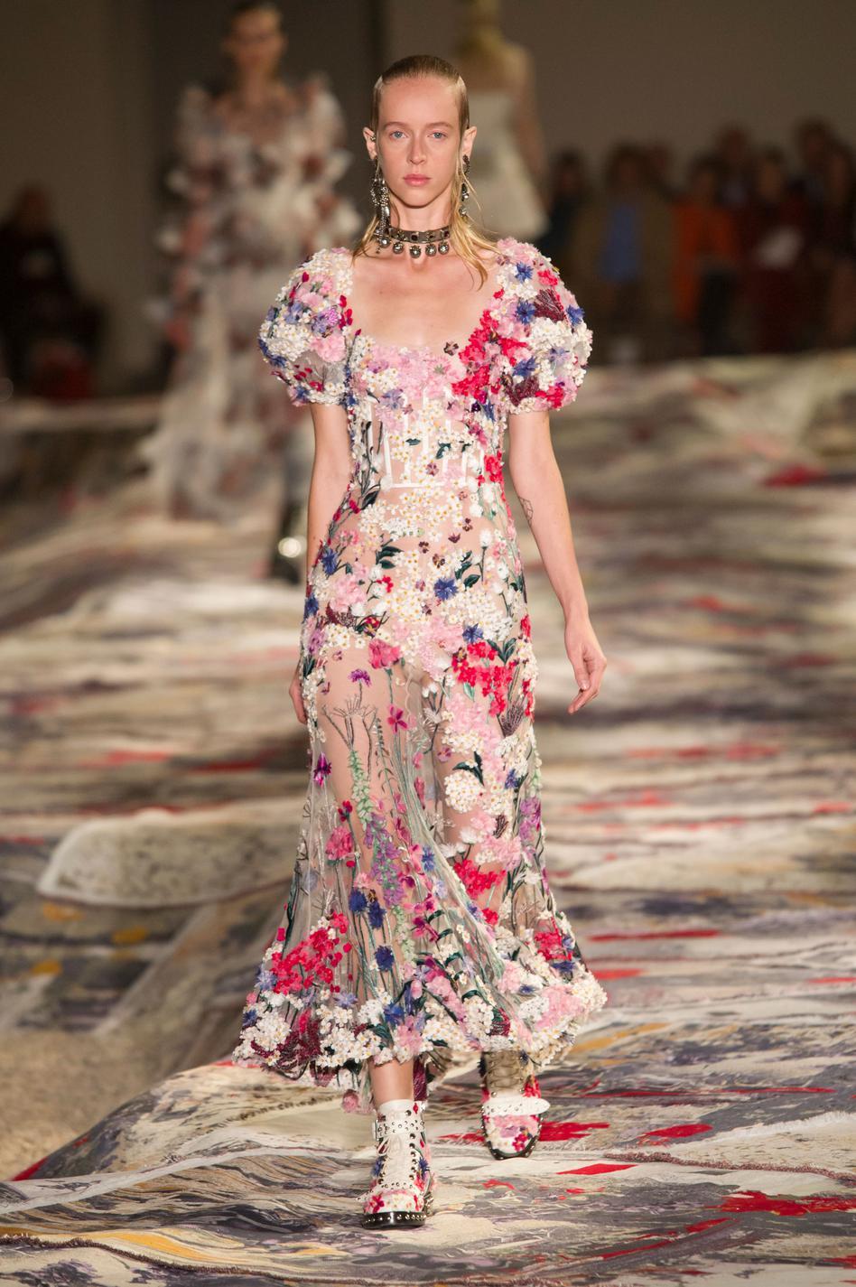 Quelle tenue portera Kate Middleton au mariage de sa sœur Pippa ? - Alexander McQueen