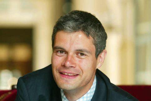 Laurent Wauquiez. Le porte-parole du gouvernement a remporté le Puy-en-Velay (Haute-Loire) dès le premier tour, avec 56,45%