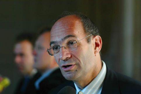 Eric Woerth. Avec 65,4% au premier tour, le ministre du Budget remporte un troisième mandat à Chantilly (Oise).