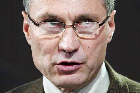 Jean-Marie Bockel. La liste fortement panachée du secrétaire d'Etat à la Coopération arrive en tête de sa triangulaire à Mulhouse (Haut-Rhin). Il obtient 43.16% des voix, devant la gauche. Le Front National réalisé 14.27%.