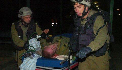 Israël annonce que trente de ses soldats ont été blessés. Le Hamas assure avoir tué neuf militaires israéliens. Le mouvement islamiste assure aussi avoir capturé deux soldats, information démenties par l'armée de l'Etat hébreu.
