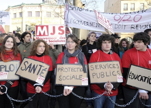 Des militants du MJS (mouvement des jeunes socialistes) se sont joints au défilé parisien.