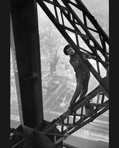 Le Peintre de la tour Eiffel (inédit), Paris 1953