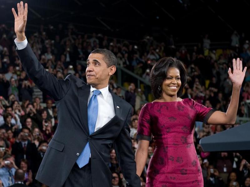 Le couple Obama a été longuement applaudi au palais des sports de Strasbourg, où Barack Obama a prononcé un discours devant près de 4.000 étudiants.