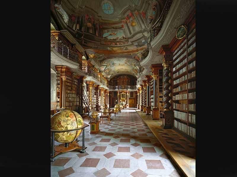 Bibliothèque nationale de République tchèque, Prague.