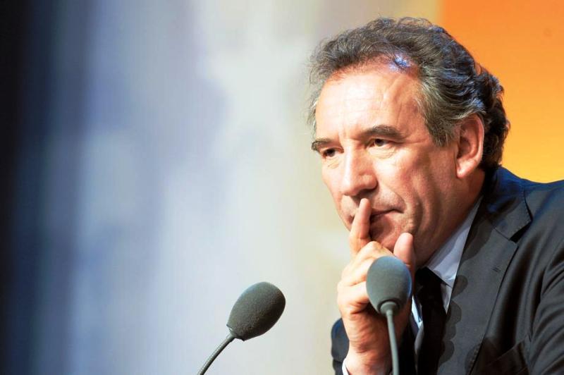 Premier grand perdant, François Bayrou subit un vrai revers dans son ascension progressive avec le MoDem. «Je prends ma part de responsabilité», a déclaré le leader centriste. Avec 8,45% des voix, le MoDem aura six sièges, contre 14 pour Europe Ecologie.