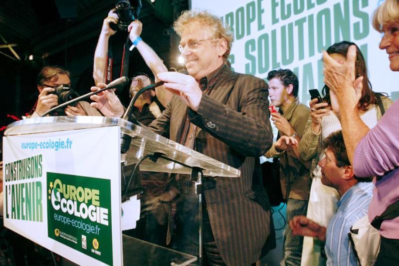 Autre grand gagnant de la soirée, Daniel Cohn-Bendit peut se targuer de faire coude-à-coude avec le PS au niveau national, à 16,28%. Seules 35.000 voix séparent les écologistes des socialistes.
