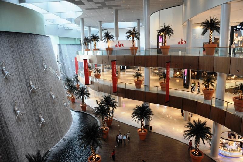 Un aperçu, pris en mars 2009, de ce que sera le rez-de-chaussée de Burj Dubaï.