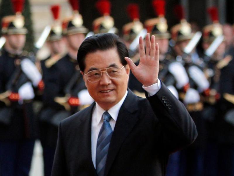 Hu Jintao. Pour Forbes, le président chinois, qui occupait la deuxième place de son podium l'année dernière, est désormais l'homme le plus puissant du monde. Il