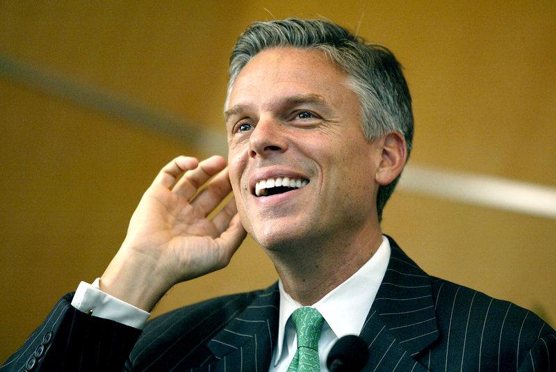 L'ancien gouverneur de l'Utah Jon Huntsman a annoncé sa candidature le 21 juin devant la statue de la Liberté. Assez peu connu, ce mormon de 51 ans est très critiqué par une partie de l'électorat républicain pour avoir accepté le poste d'ambassadeur des États-Unis en Chine, que lui avait proposé Barack Obama en 2009. Il a démissionné de ses fonctions en mai pour se préparer à l'élection présidentielle. Il est le benjamin de la course.