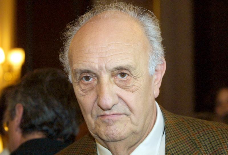 L'homme de télévision et réalisateur français Pierre Tchernia a pour sa part été promu commandeur.