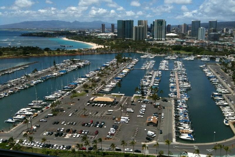 26 - Honolulu, capitale de l'État américain d'Hawaï,  est la première ville américaine du classement.