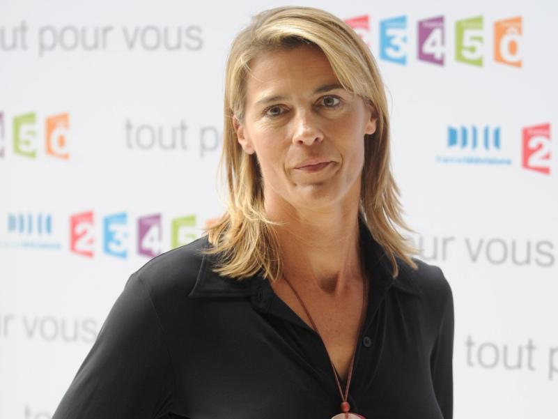 Nathalie SIMON  - L'ancienne véliplanchiste, championne de France en 1986, a joué la carte de la diversification. Outre ses activités d'animatrice sur France 3 (Intervilles, la Carte aux Trésors…puis aujourd'hui Incroyables Expériences et Midi en France), Nathalie Simon, 46 ans, s'est lancée dans la restauration en créant la «Table du boulanger» à Marseille et «la Compagnie du Goût» (petits-fours).