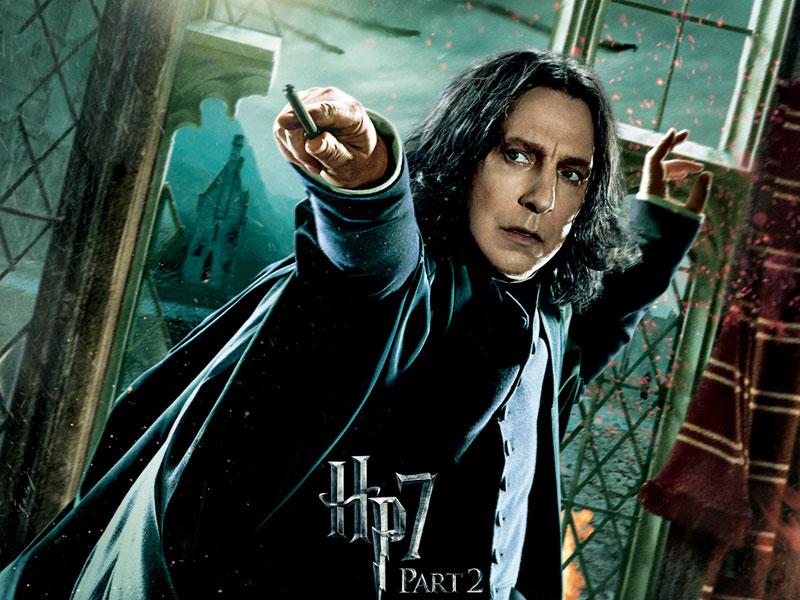 Meilleur acteur dans un second rôle : Alan Rickman dans Harry PotterCertes, le rôle d'Alan Rickman dans le dernier Harry Potter est assez réduit mais l'acteur mériterait un Oscar pour sa contribution à l'ensemble des films. Avec Maggie Smith, Rickman est sans aucun doute le meilleur acteur au casting d'Harry Potter. Une nomination aurait, par ailleurs, permis à l'Académie de saluer indirectement la plus longue saga de l'histoire du cinéma.