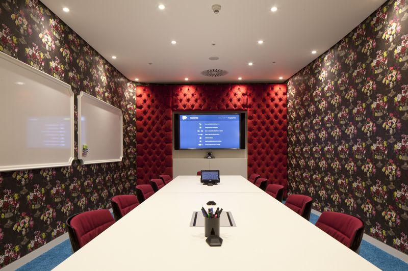 visite guid e chez google londres. Black Bedroom Furniture Sets. Home Design Ideas