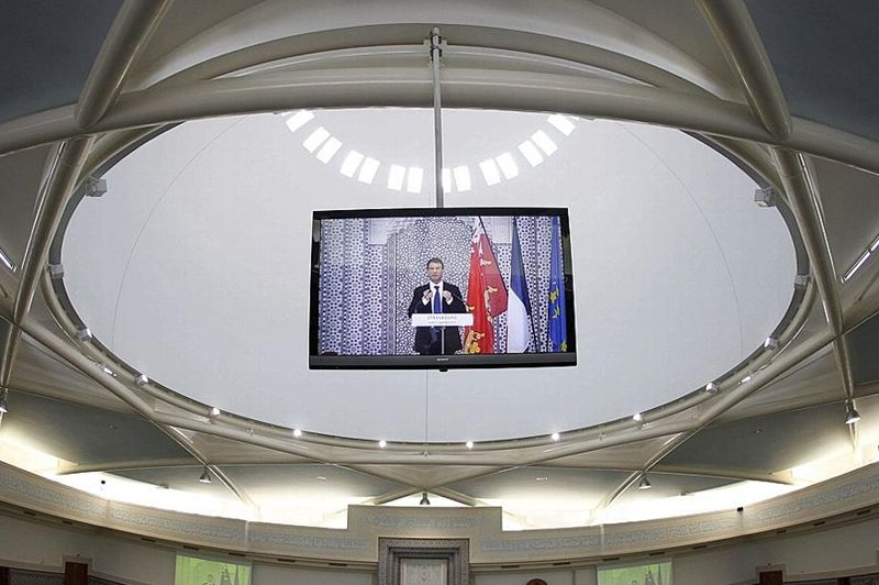 Manuel valls inaugure la grande mosqu e de strasbourg for Ministre interieur 2000