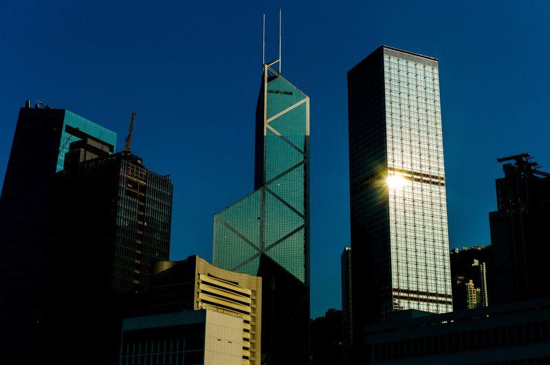 Hong Kong arrive en tête du classement avec une hausse de 7,4% entre décembre 2011 et juin 2012. Après une baisse de 3,4% au second semestre 2011, les prix se sont envolés sous l'effet d'un marché chinois sous pression.