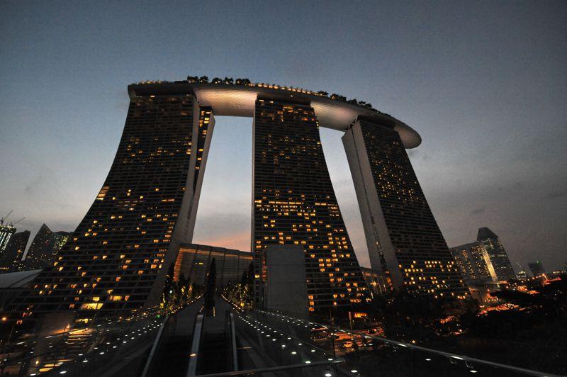 La hausse des prix ralentit sensiblement à Singapour: 1,5% au premier semestre 2012 alors qu'elle était de 3,6% entre juin et décembre 2011. L'augmentation de l'offre voulue par le gouvernement singapourien tend à ralentir la croissance des prix de l'immobilier.