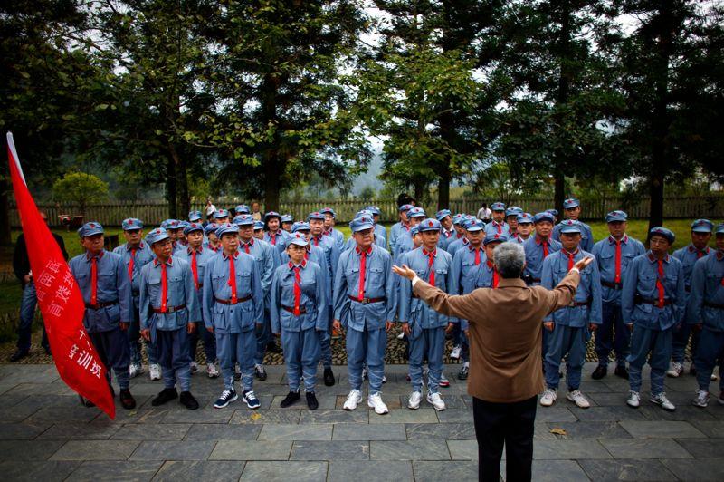 À l'issue de leur formation, les stagiaires de Jinggangshan retourneront dans les rangs du PCC, le parti unique de 82 millions d'hommes et de femmes qui gouverne une population de 1,3 milliard de personnes.